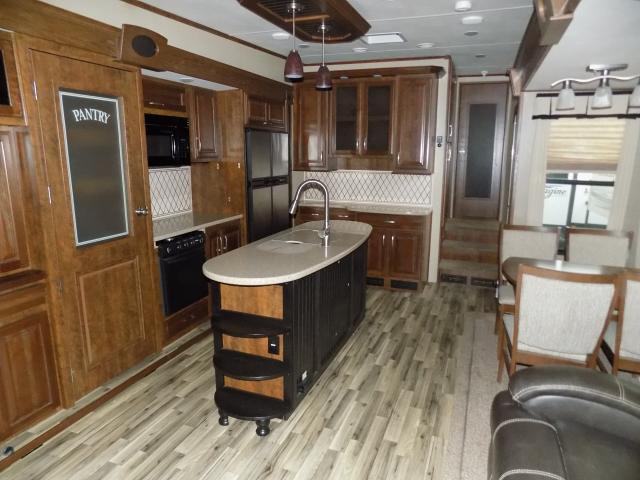 2014 Grand Design Solitude 369RL Fifth Wheel