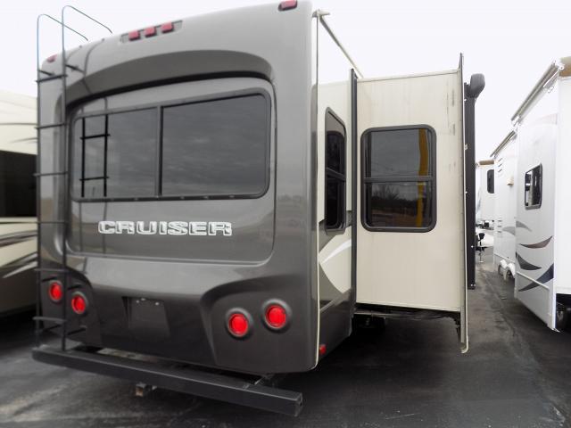 2016 Crossroads Cruiser 322RL Fifth Wheel