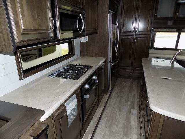 2019 Grand Design Solitude 344GK-R Fifth Wheel