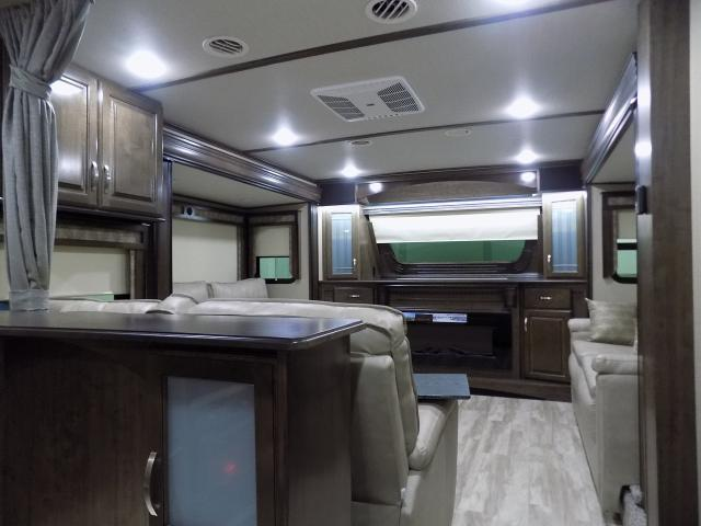 2019 Grand Design Solitude 380FL-R Fifth Wheel
