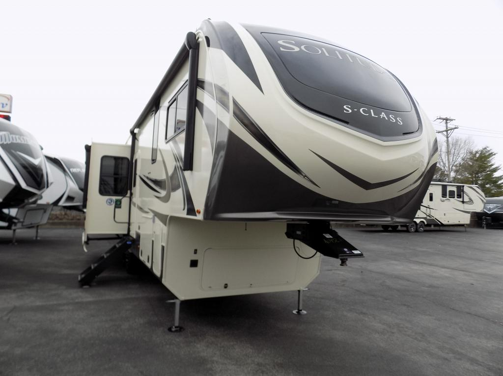 2021 Solitude S-Class 2930RL-R Fifth Wheel
