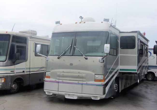 2000 Tiffin Zephyr 41